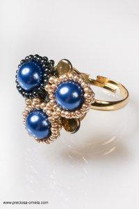 szafirowy pierścionek