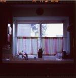 krótkie firanki w kuchni