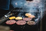 grillowanie jedzenia